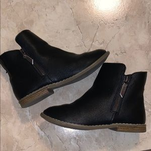 Girls Black GAP Boots